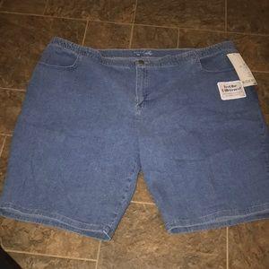 bb356961bb9 Women Riders Lee denim blue short plus size 26 w